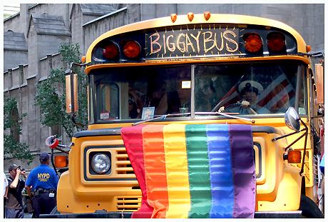 biggaybus-jpg.39239